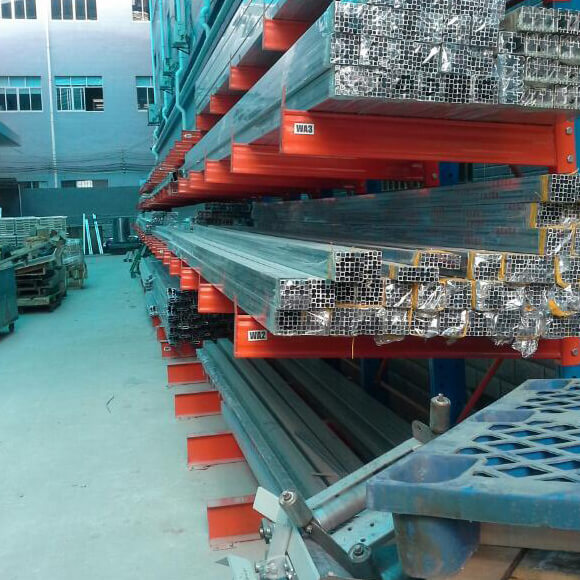 custom-cantilevered-racking-arm-cantilever-rack-01